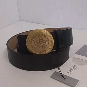 Versace Accessories - Woman Versace belt gold buckle size 40 inch
